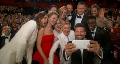 Why You Need To Share Social Media: Celebrity Selfie
