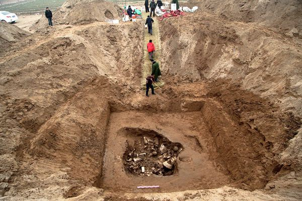 China Buddhas Found Archaeology