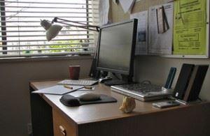 Significance of Overseas Career Opportunities: Desk