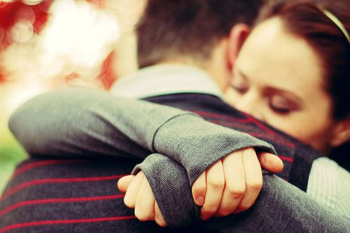 Mistakes We Make In Our Relationship: Hug Strength Relationship