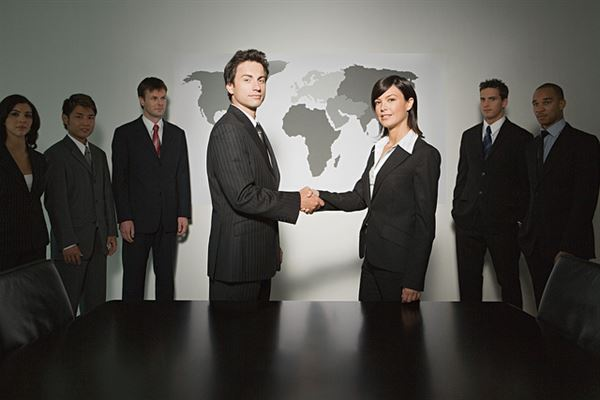 5 Ways To Motivate Employees: Business Handshaking