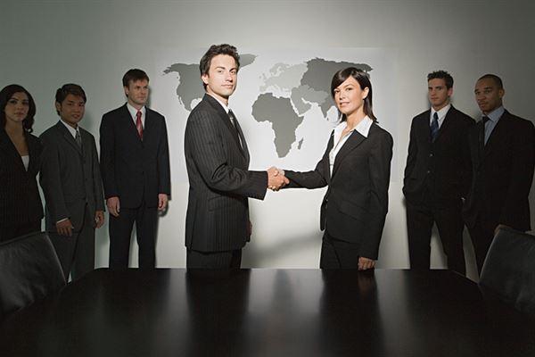 5 Ways To Motivate Employees: Business Handshaking